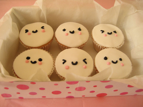 Cupcake Faces - cupcakes Photo