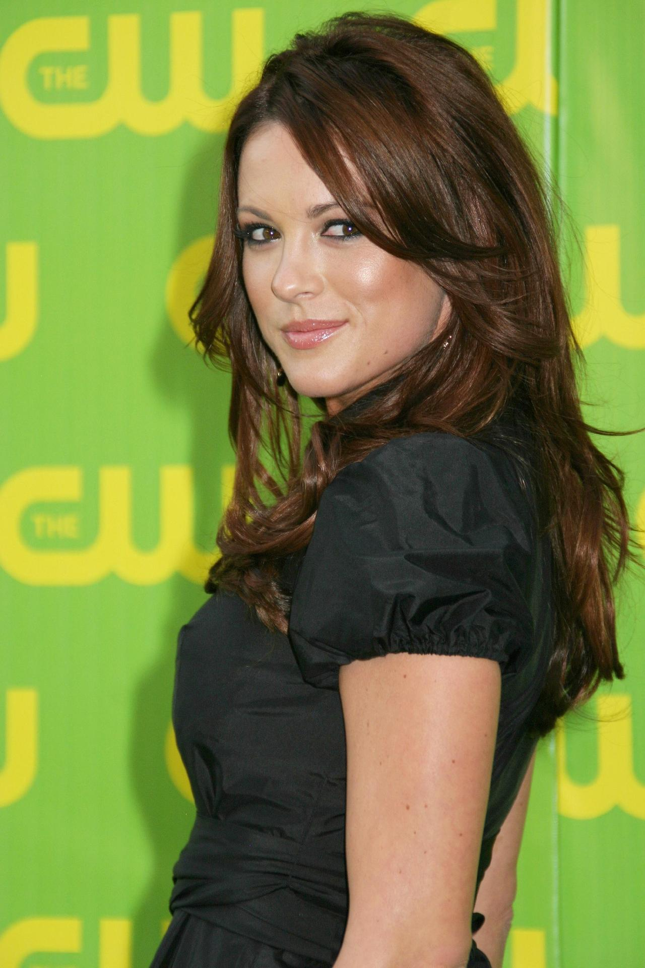 Danneel Harris - Gallery Photo