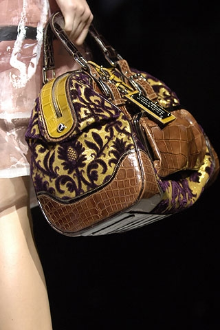 Handbags kertas dinding called Dolce & Gabbana