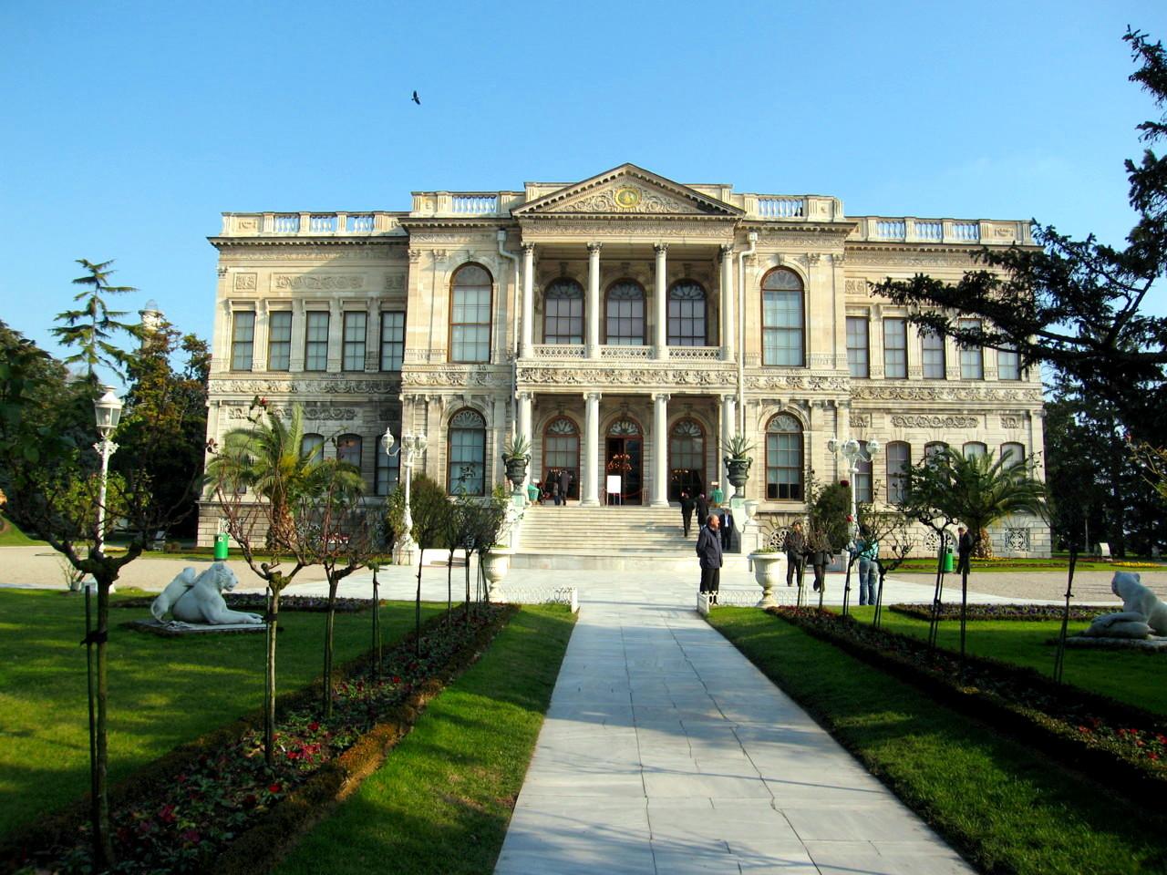 Dolmabahce Palace - Turkey Wallpaper (585334) - Fanpop