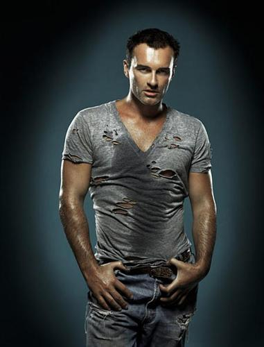 Nip/Tuck wallpaper titled Dr. Christian Troy