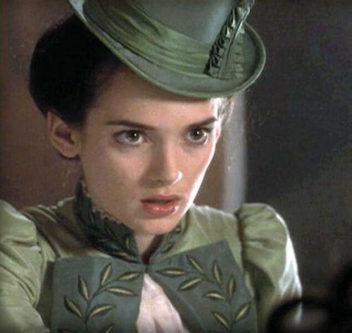 Winona Ryder Dracula I...