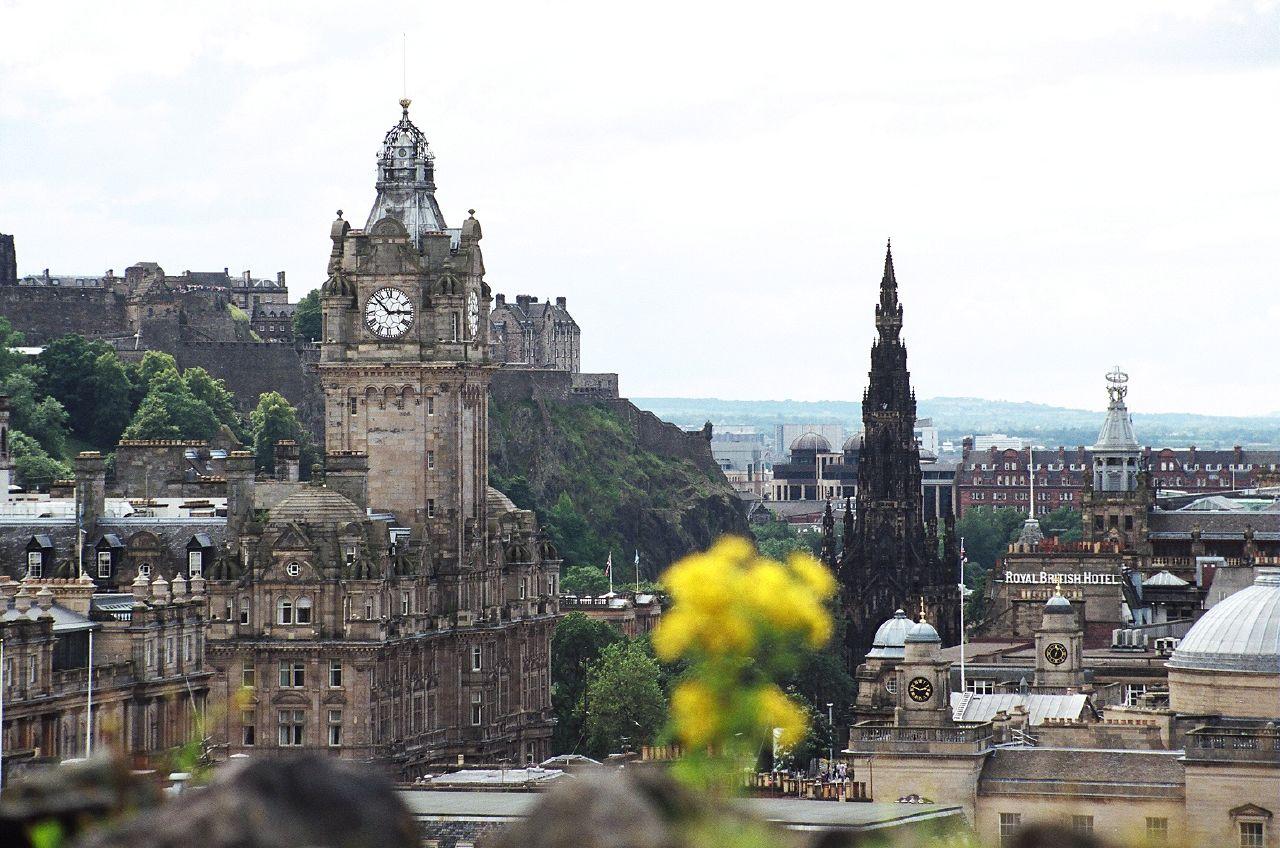 Edinburgh scotland travel photo 467069 fanpop for Travel to edinburgh scotland