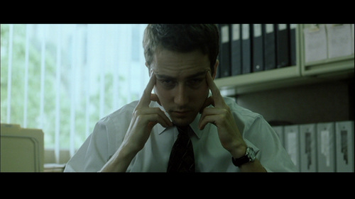Edward in Fight Club - edward-norton Screencap