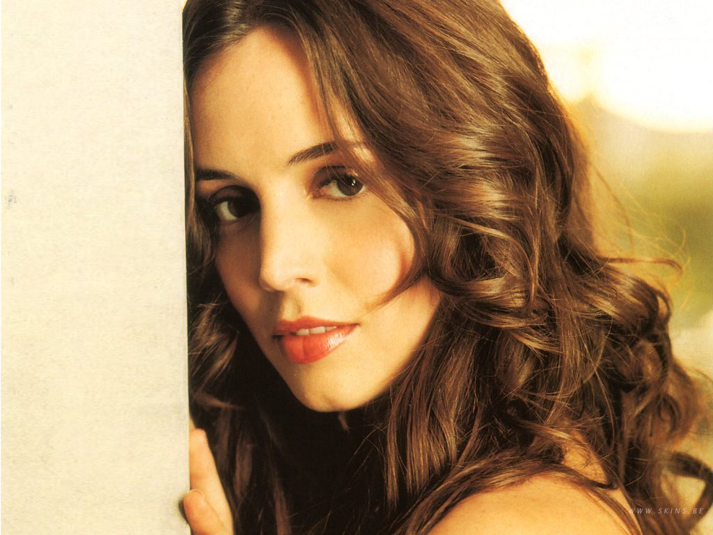 Eliza Dushku - Photos Hot