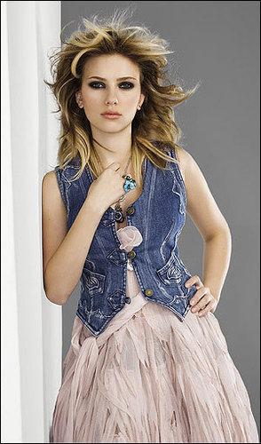 Elle: January 2006