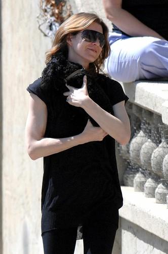 Ellen Pompeo w/ her dog