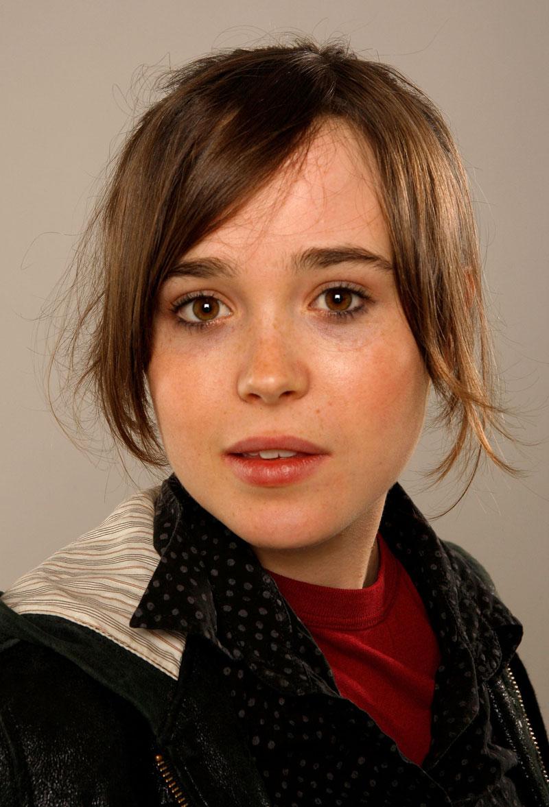 Ellen Page - Photos