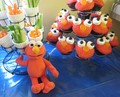 Elmo कपकेक