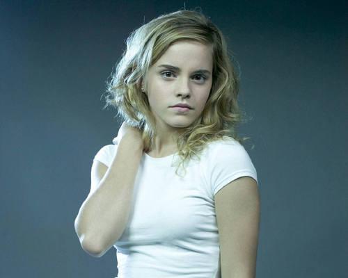 emma watson wallpaper titled Emma Watson