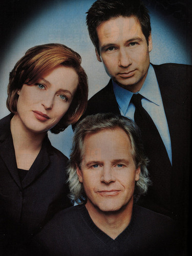 Entertainment Weekly (1999) - the-x-files Photo