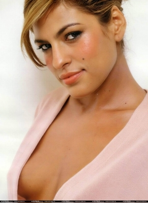 Is eva mendes a lesbian, hot student party nude