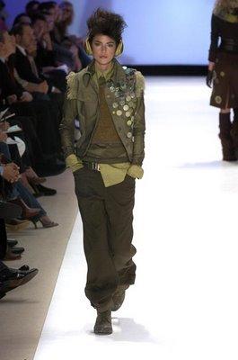 Fashion Week: カケス, ジェイ