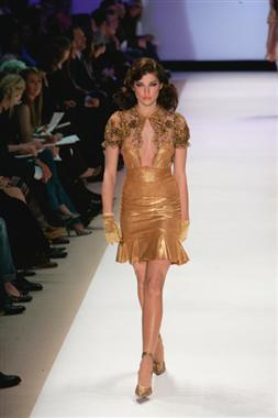 Project runway, start-und landebahn Hintergrund titled Fashion Week: Kara Saun
