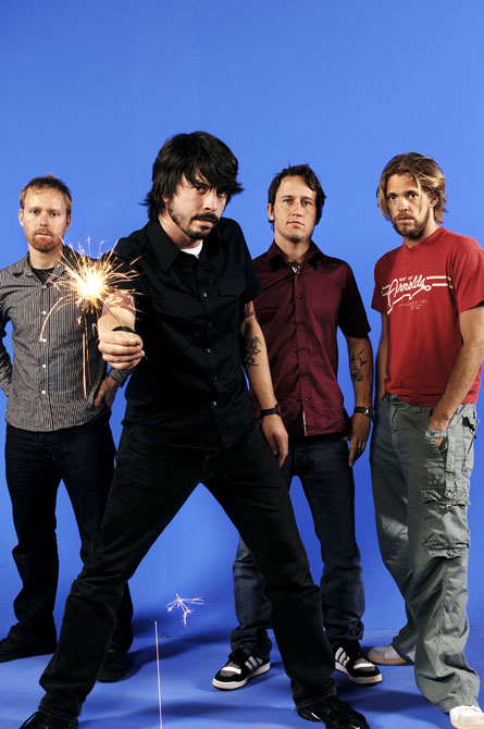 Foo-Fighters-foo-fighters-62742_445_670.jpg