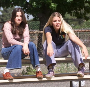 Freaks and Geeks wallpaper entitled Lindsay and Kim