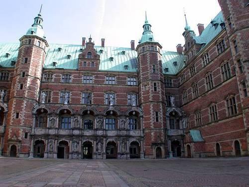 Frederiksborg château