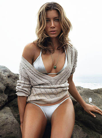 jessica biel wallpaper called GQ