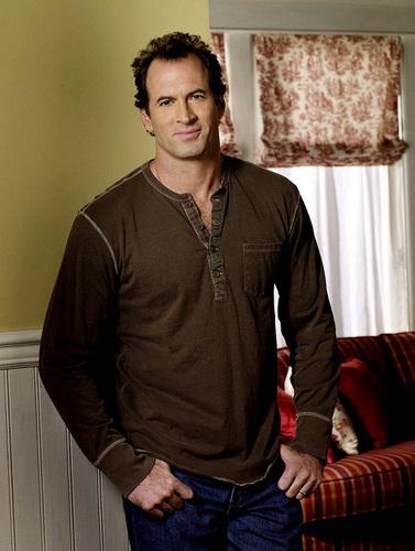 Gary (Scott Paterson)