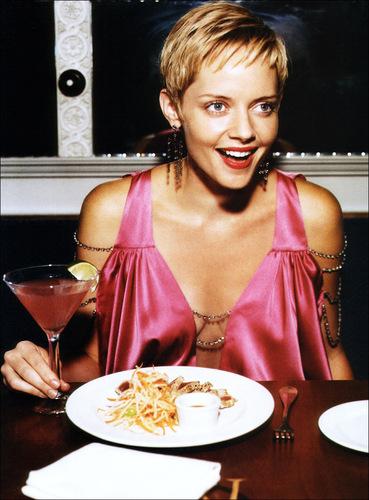 Glamour UK: September 2003