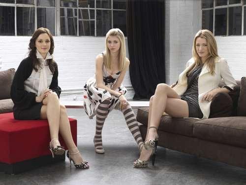 Gossip Girl karatasi la kupamba ukuta titled Gossip Girl Season 1