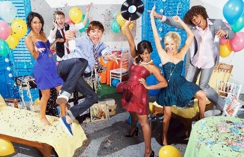 http://images.fanpop.com/images/image_uploads/HSM-2-high-school-musical-2-551786_500_322.jpg