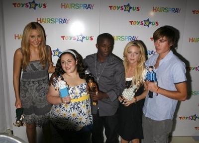 Hairspray anak patung @ ToysRUs