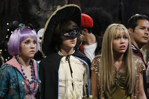 Hannah Montana Stills