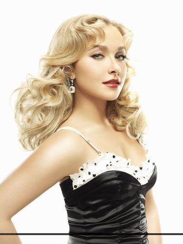 Hayden Panettiere wallpaper titled Hayden in Vanity Fair