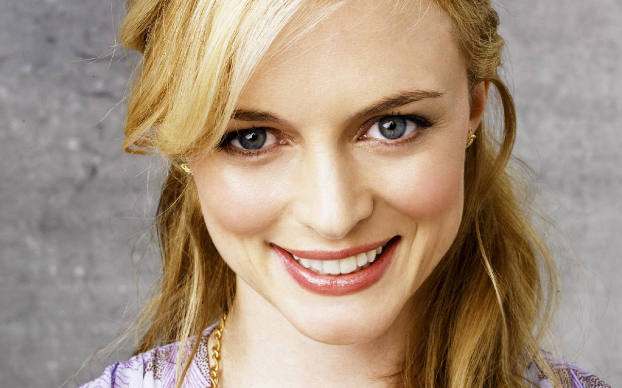 wallpaper heather graham - photo #33