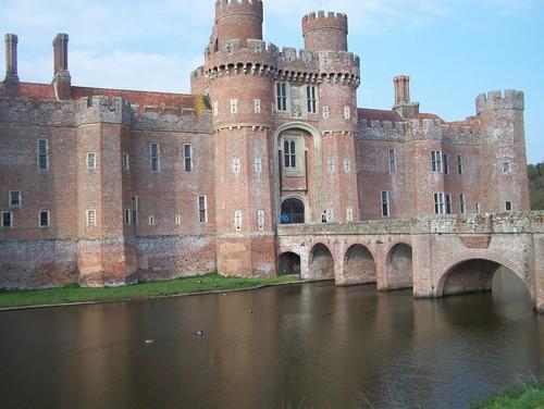 Herstmonceux قلعہ