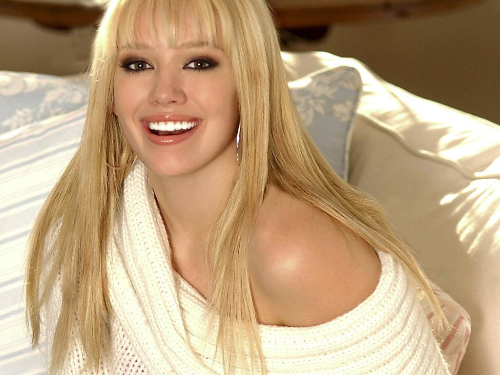 http://images.fanpop.com/images/image_uploads/Hilary-hilary-duff-134931_1024_768.jpg