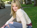 Hilary - hilary-duff wallpaper