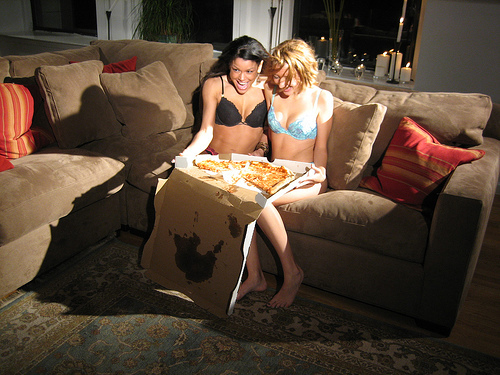 Hot Girls Eating pizza