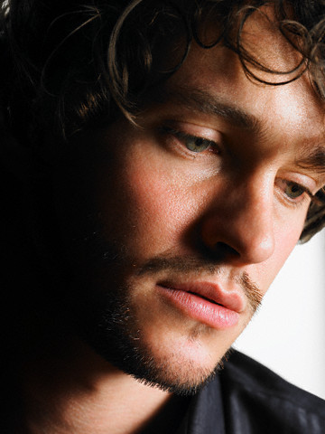 Hugh Dancy 바탕화면 titled Hugh
