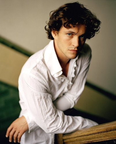 Hugh Dancy Hintergrund titled HughDancy4
