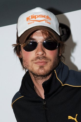Ian Somerhalder wallpaper called Ian sunglasses.jpg