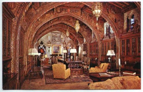 Inside Hearst castillo