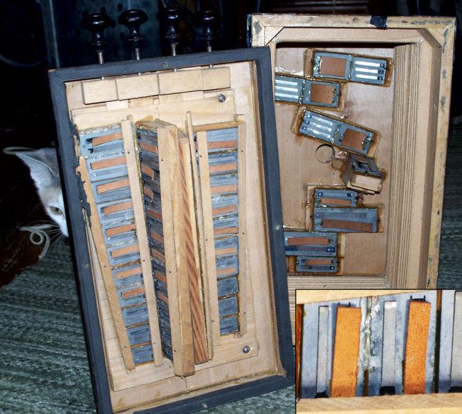 Wallpaper into a lampshade  accordeon