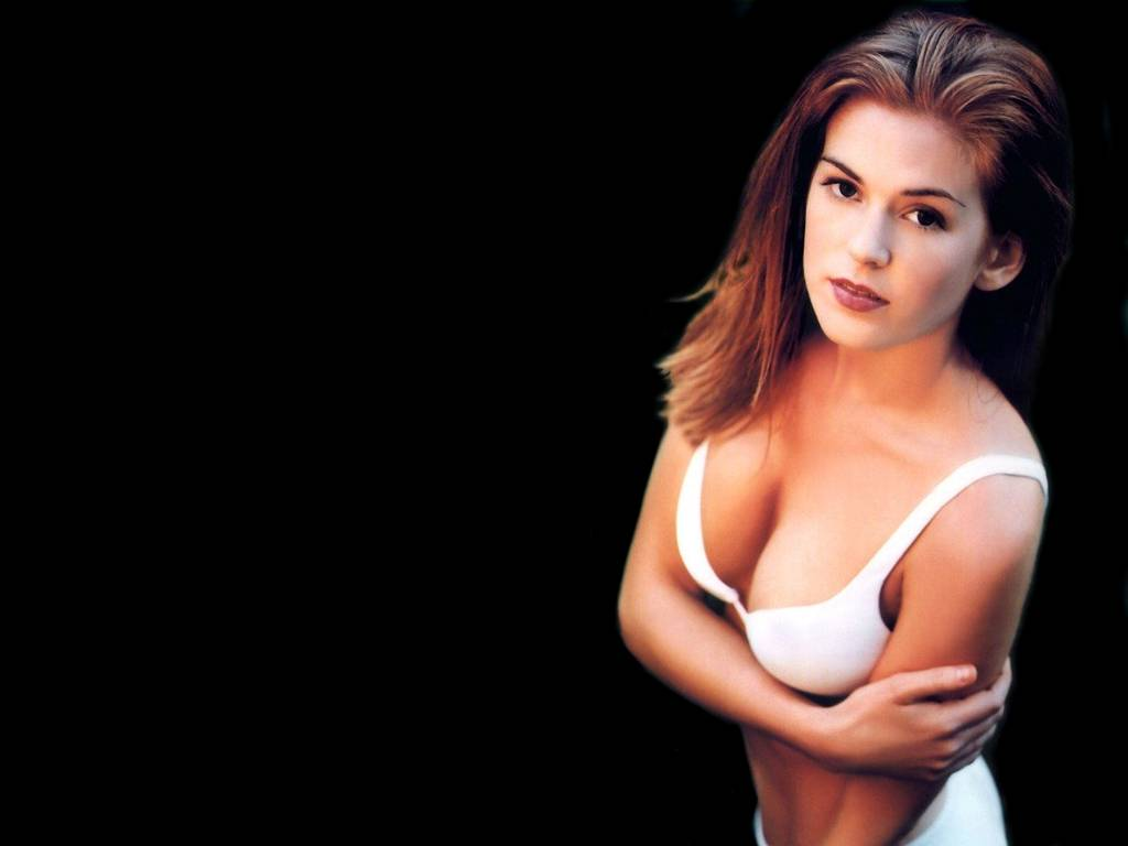 Free Halloween Wallpapers Mmw Blog Isla Fisher Photos