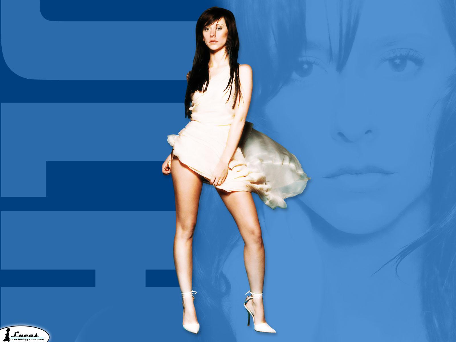 S Love J Wallpapers : J. Love - Jennifer Love Hewitt Wallpaper (234647) - Fanpop