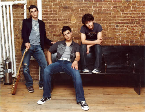 disney Channel Stars fondo de pantalla called JONAS BROS