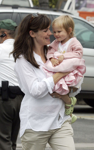 Jennifer & Daughter viola