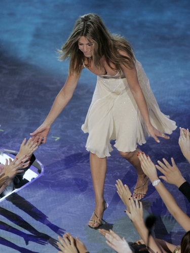 Jennifer Aniston (01/09/07)