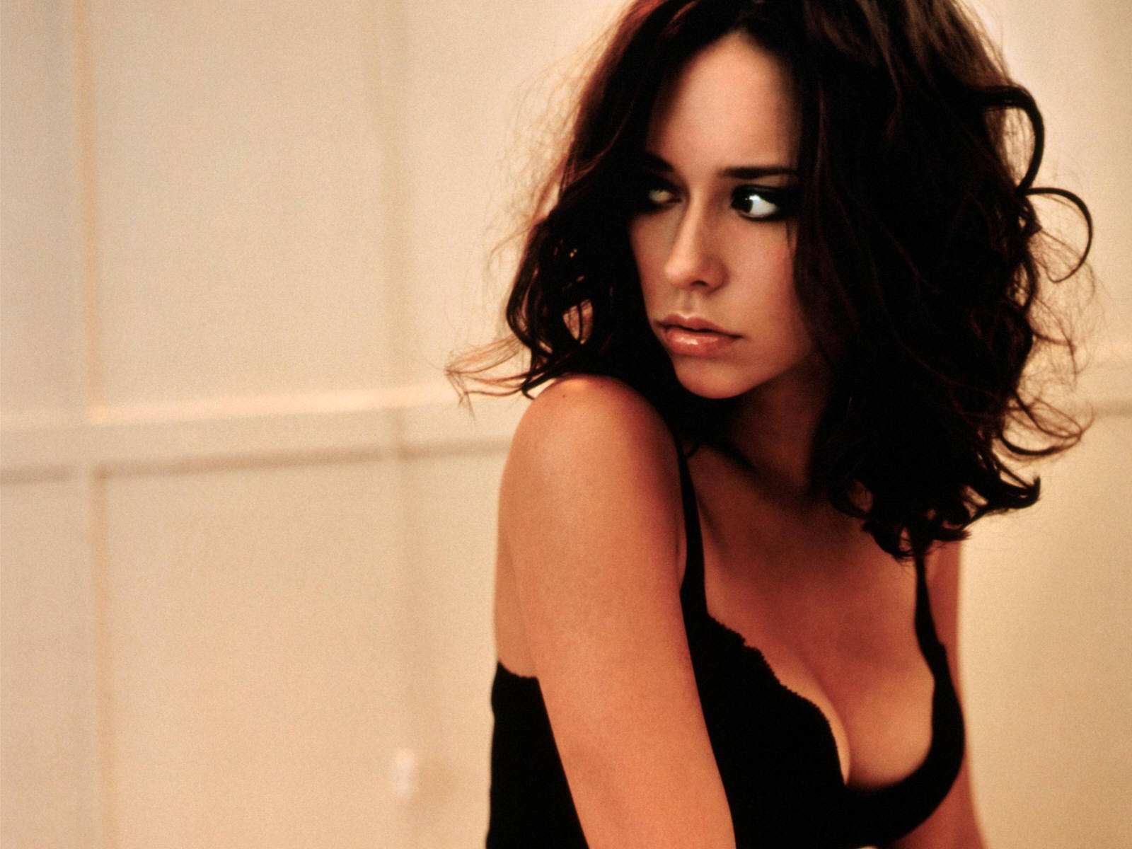 Jennifer Love Hewitt i...