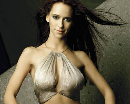 Jennifer Love Hewitt wallpaper entitled Jennifer Love Hewitt