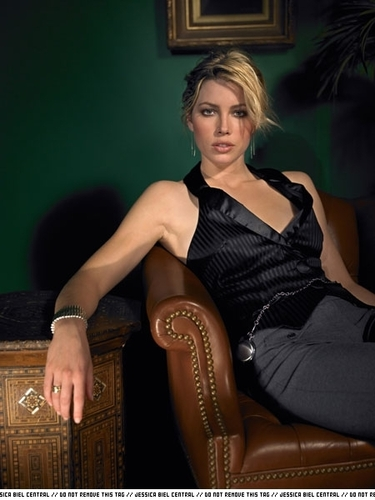 Jessica biel wallpaper and background images in the actresses club