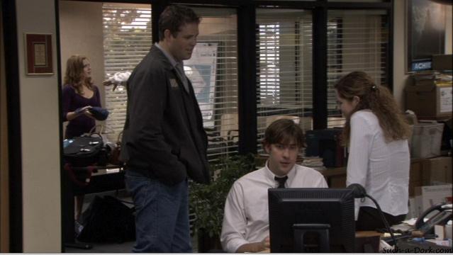Jim/Pam/Roy in Hot Girl