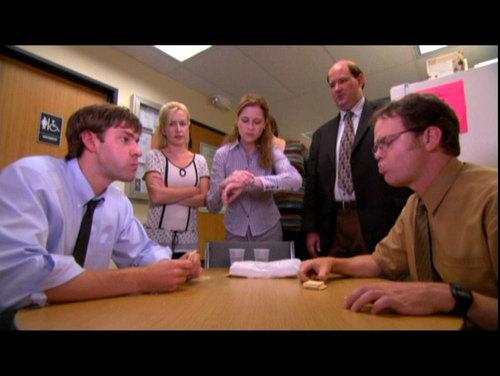 Jim v Dwight - cracker, mkate mkavu Eat Off