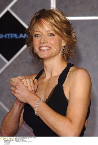 jodie foster height